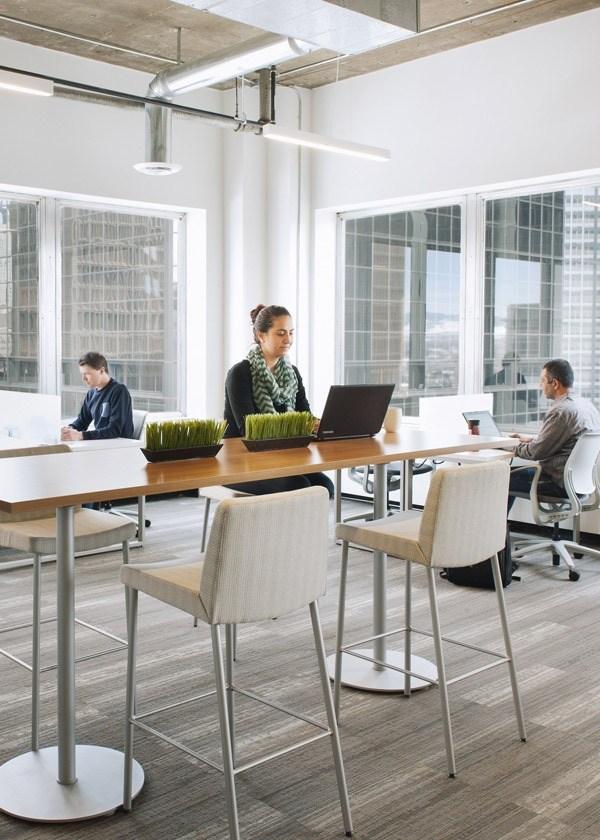 Olemme luova toimisto. Työskentelemme intohimolla. Tarjoamme parempaa palvelua.